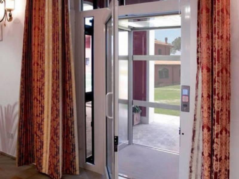 Ascensori disabili e anziani vimec capimax - Ascensore in casa ...
