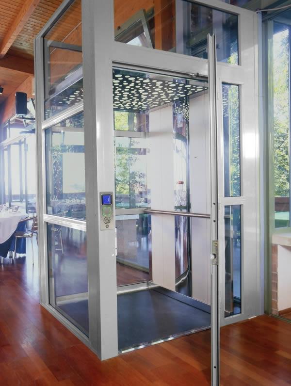 Easy living ascensore domestico vimec capimax capimax for Piani di fienile domestico